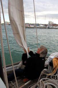 Un foc que Luc va d'ailleurs amener à l'approche du port.