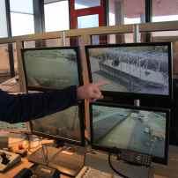 Pont du Texel, Darse 1... Tout est surveillé. Et chaque manoeuvre est assurée par l'agent. Rien ne se fait automatiquement.
