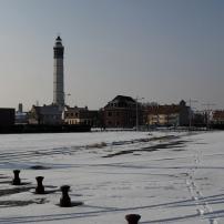 Le phare de Calais date de 1848. Haut de 58 mètres, il compte 271 marches.