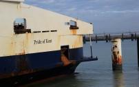 Comme on le voit avec le Pride of Kent qui n'est pourtant pas le plus grand navire de la flotte, les manoeuvres sont serrées.
